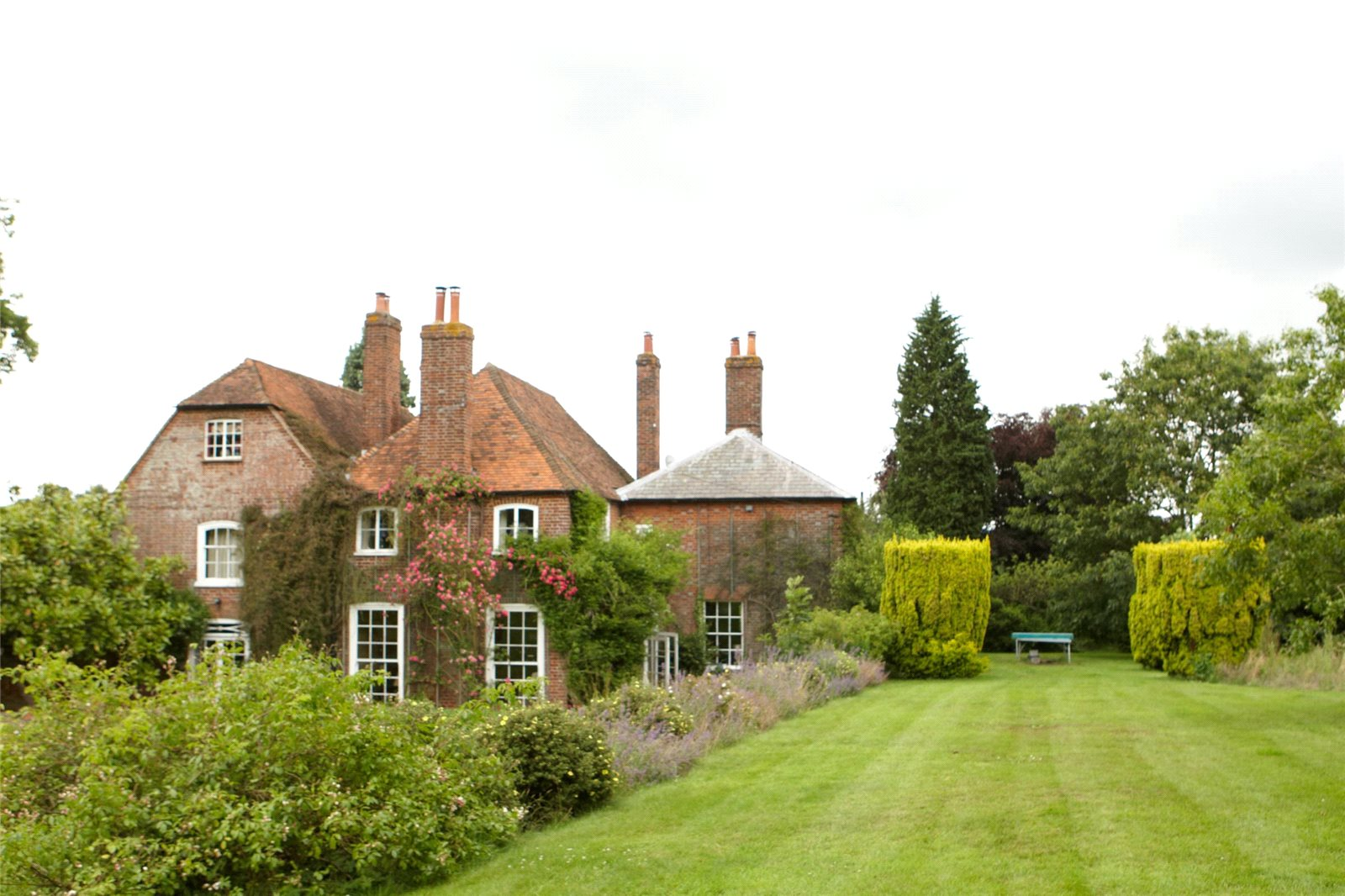 Additional photo for property listing at Aldon Lane, Offham, West Malling, Kent, ME19 West Malling, England