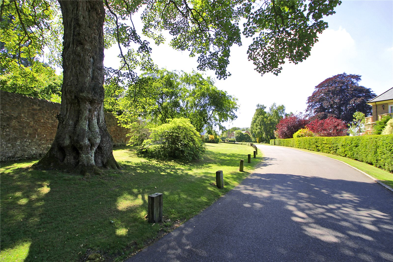Additional photo for property listing at Ide Hill Hall, Phillippines Shaw, Ide Hill, Sevenoaks, TN14 Sevenoaks, Inglaterra