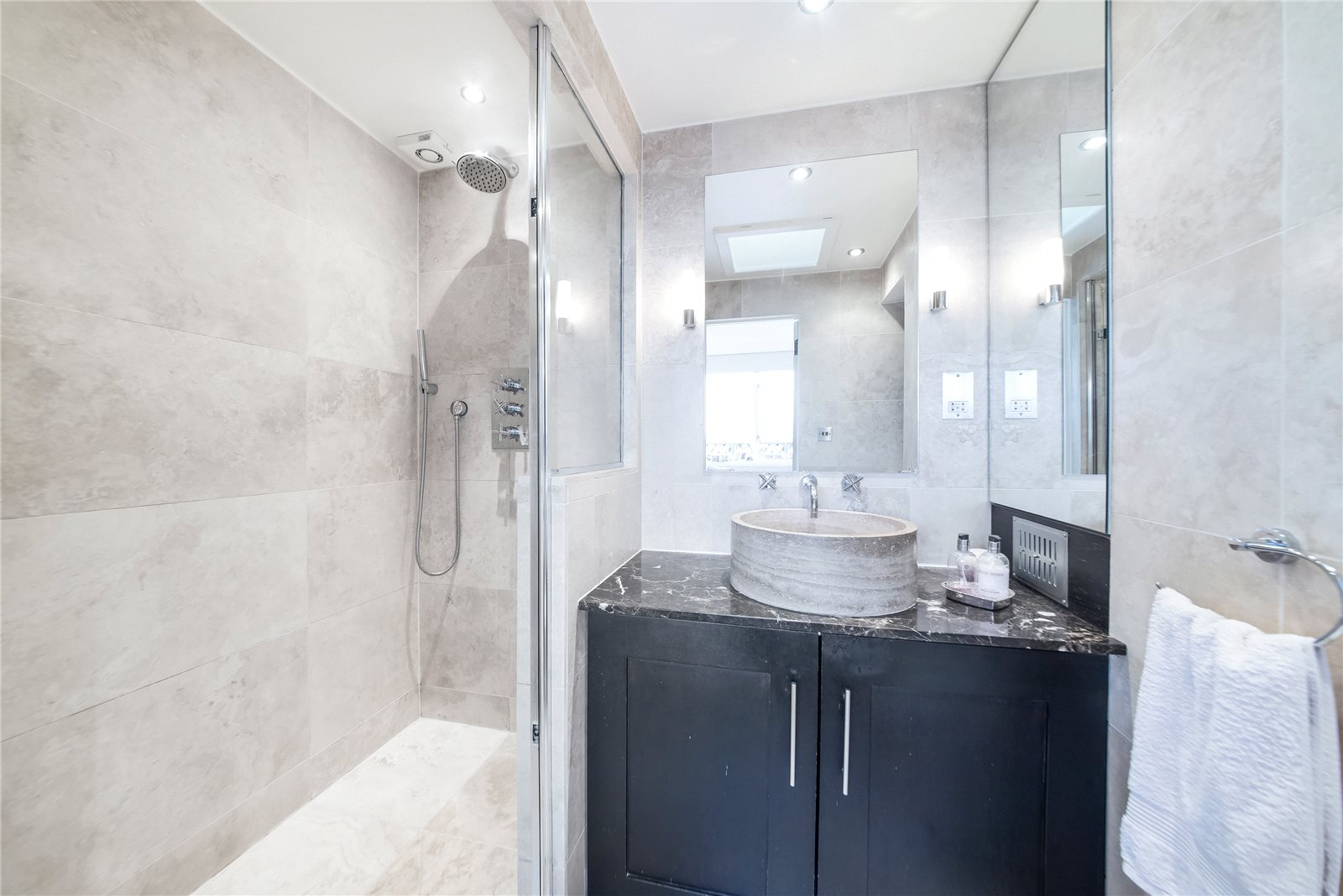Additional photo for property listing at Cavaye House, Cavaye Place, Chelsea, London, SW10 Chelsea, London, Angleterre