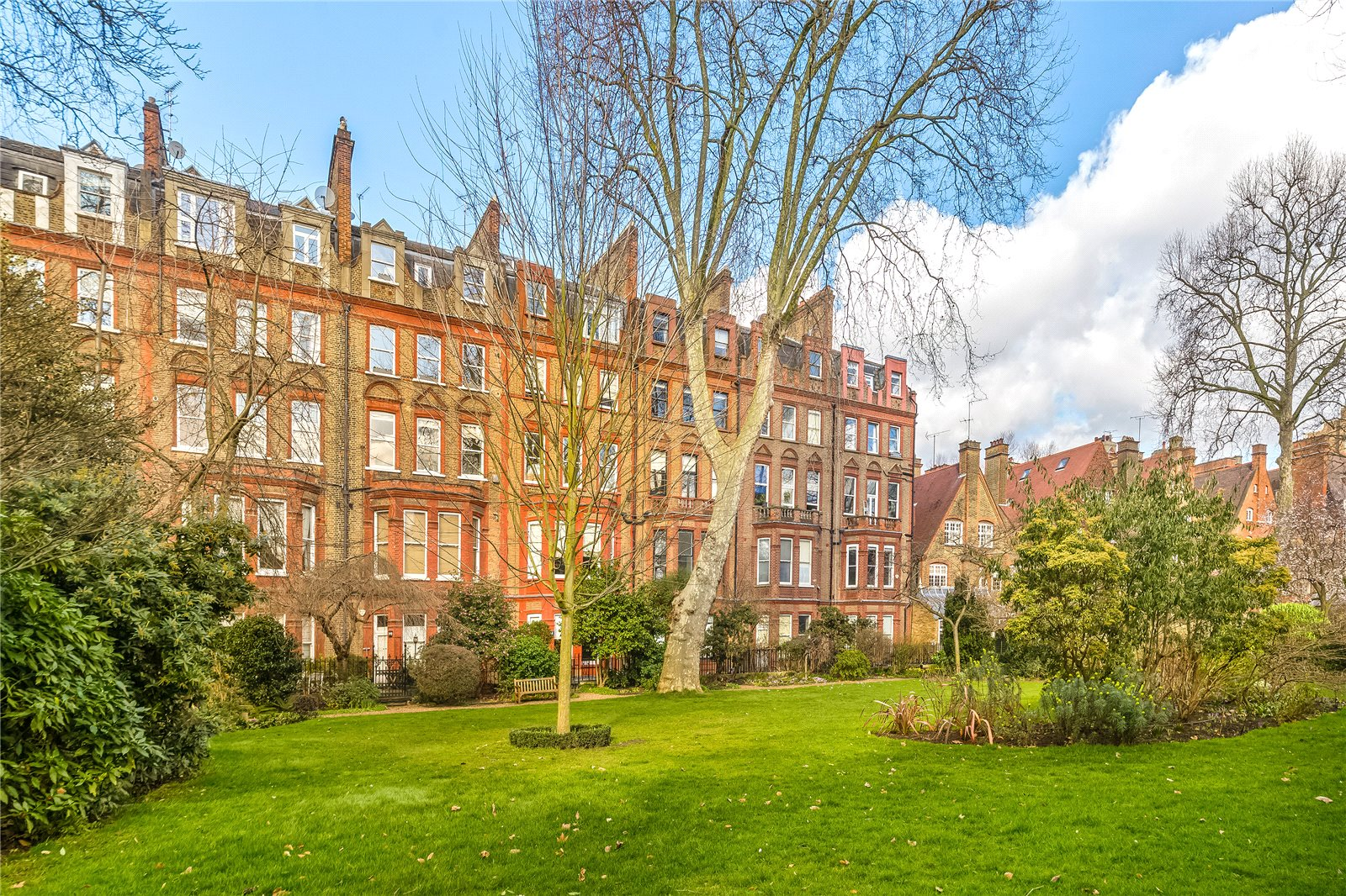 集合住宅 のために 売買 アット Harrington Gardens, South Kensington, London, SW7 South Kensington, London, イギリス
