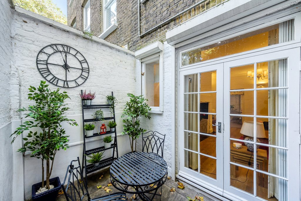 Additional photo for property listing at Redcliffe Square, Chelsea, London, SW10 Chelsea, London, Engeland