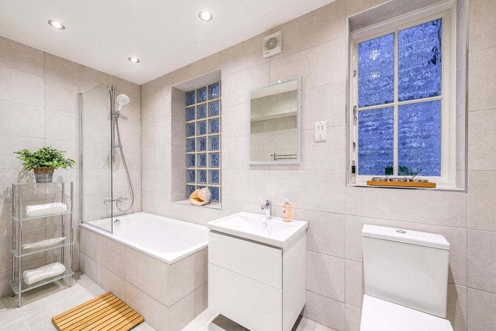 Additional photo for property listing at Redcliffe Square, Chelsea, London, SW10 Chelsea, London, 영국