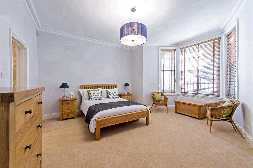 Additional photo for property listing at Redcliffe Square, Chelsea, London, SW10 Chelsea, London, England
