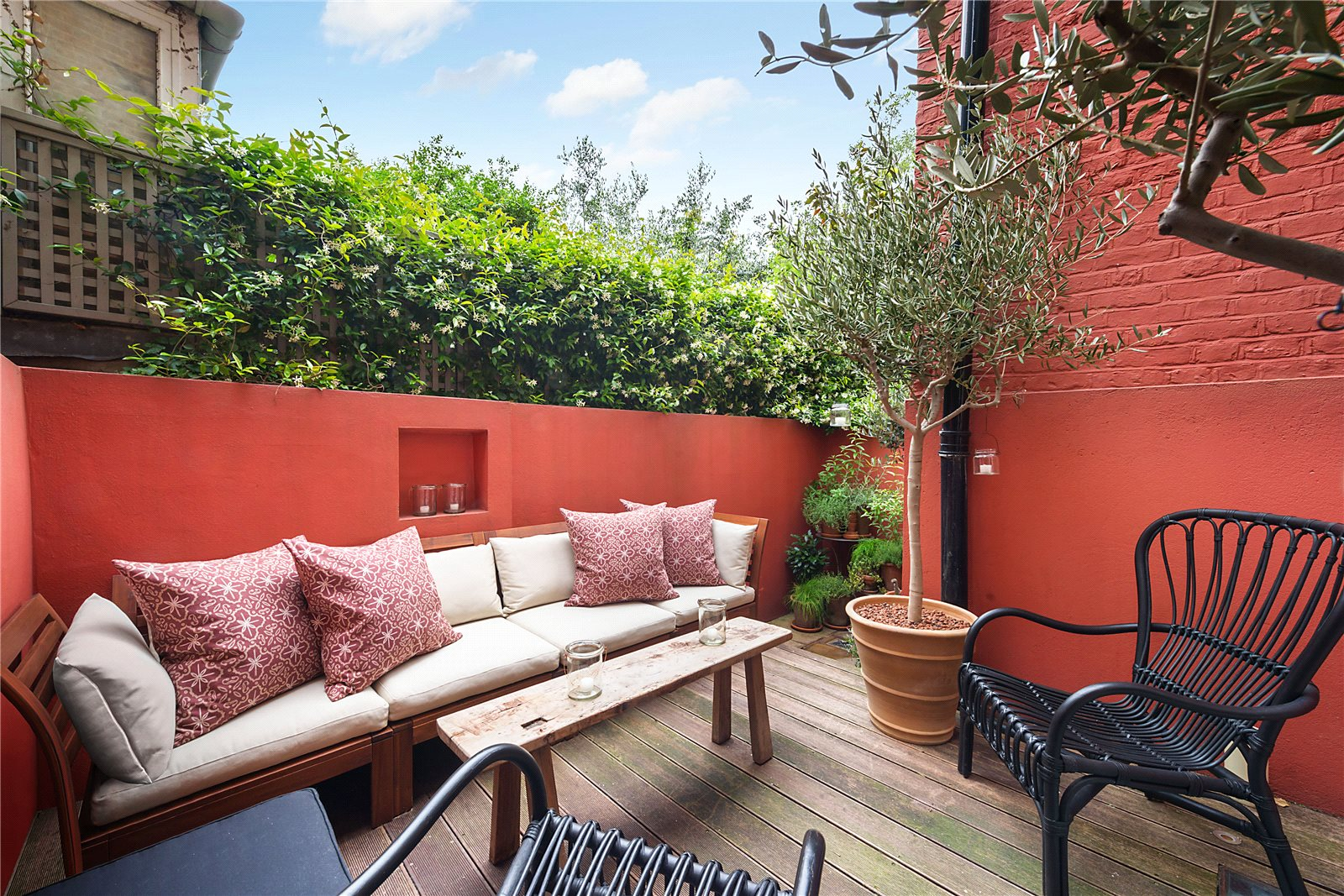 Additional photo for property listing at Old Church Street, London, SW3 London, Engeland