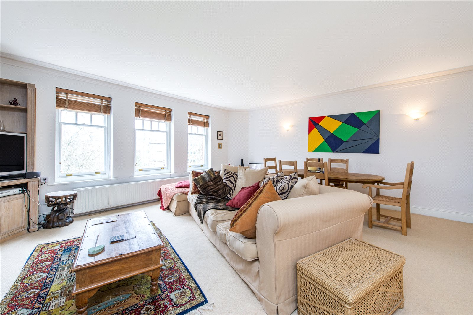 Additional photo for property listing at Elm Park Gardens, Chelsea, London, SW10 Chelsea, London, England
