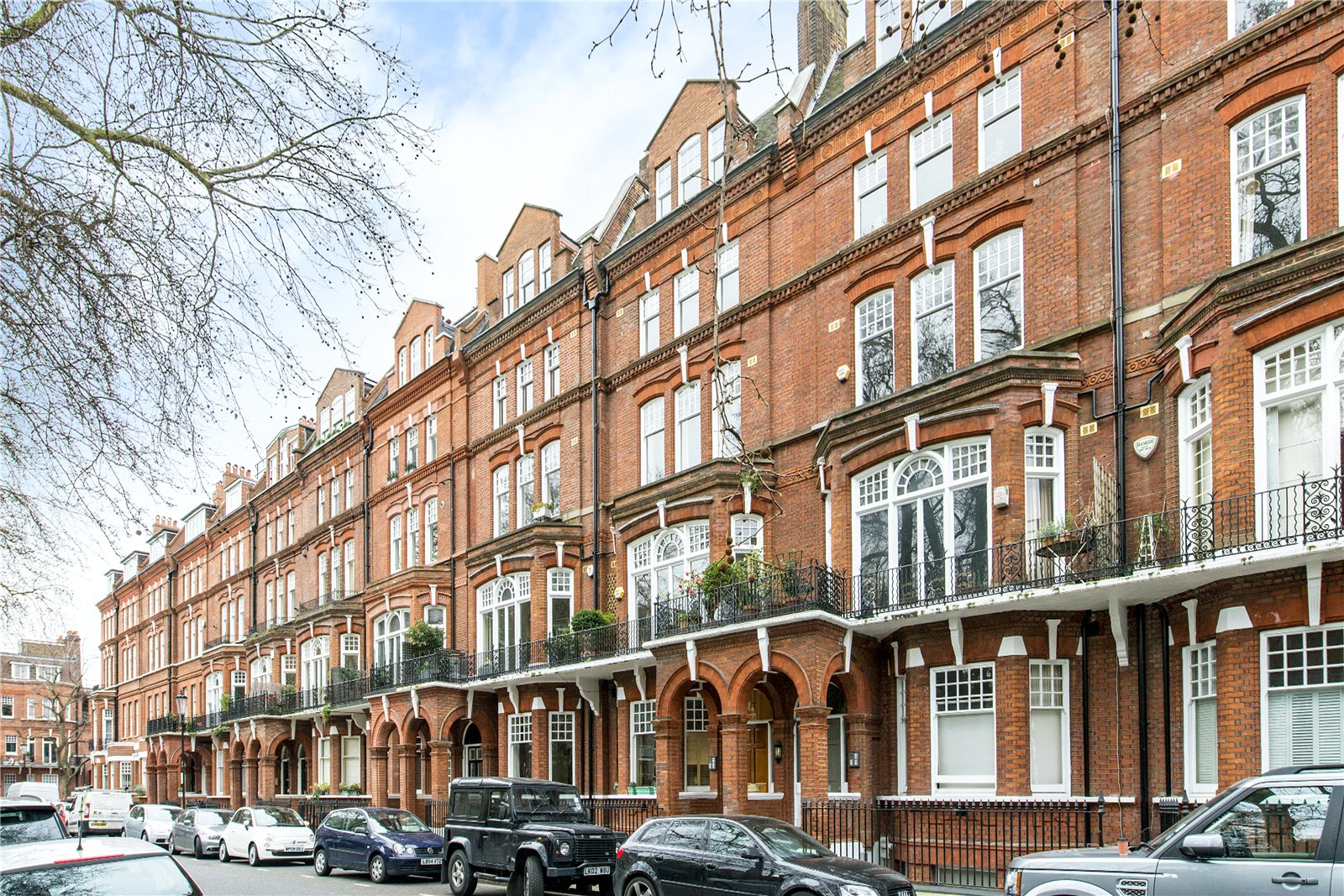 Additional photo for property listing at Elm Park Gardens, Chelsea, London, SW10 Chelsea, London, Engeland