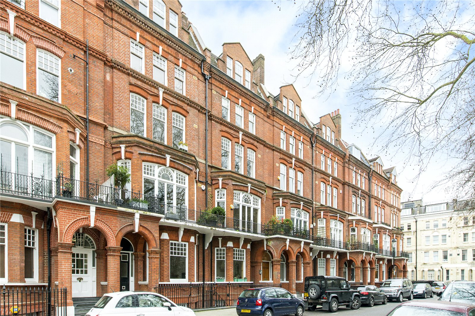 Additional photo for property listing at Elm Park Gardens, Chelsea, London, SW10 Chelsea, London, Αγγλια