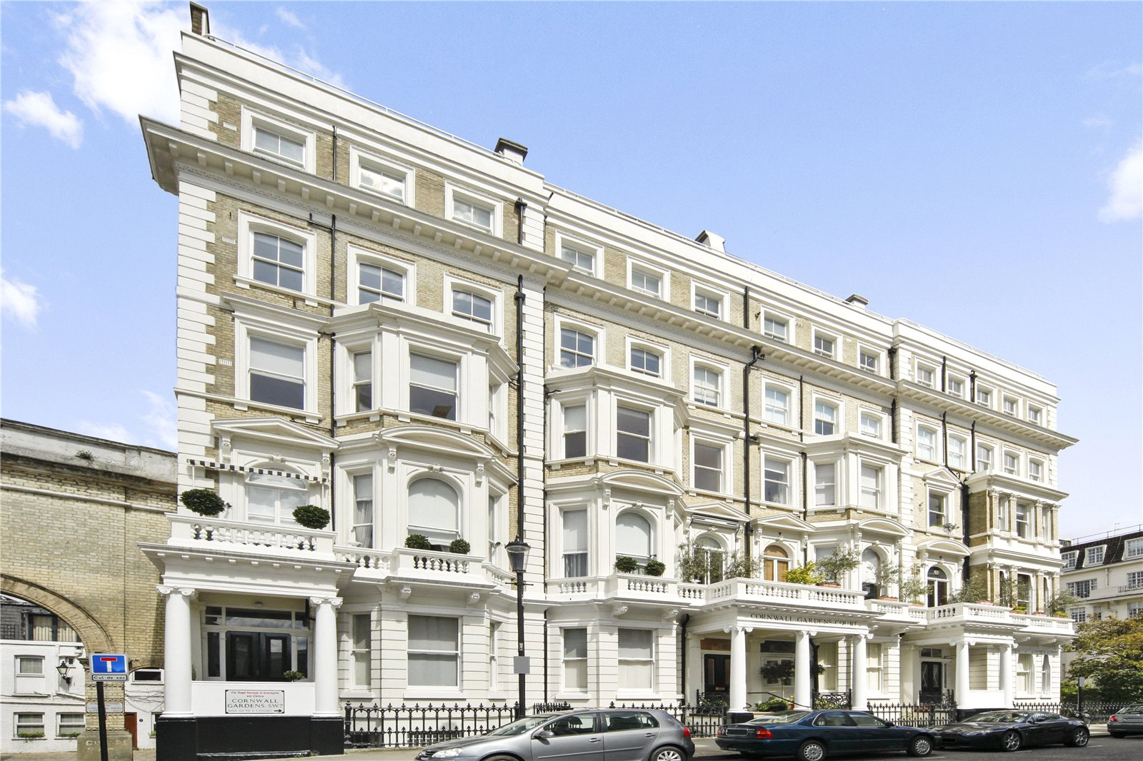Additional photo for property listing at Cornwall Gardens Court, 47-50 Cornwall Gardens, South Kensington, London, SW7 South Kensington, London, Anh Quốc