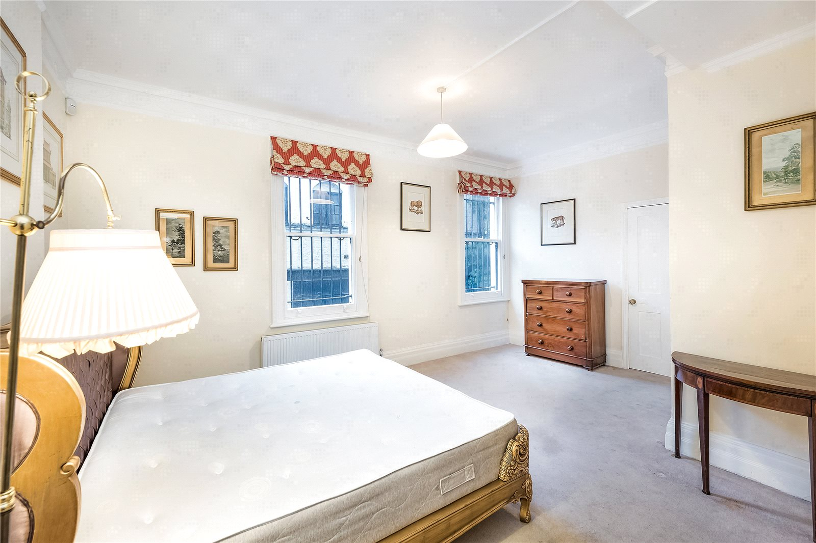 Additional photo for property listing at Harrington Gardens, South Kensington, London, SW7 South Kensington, London, Engeland