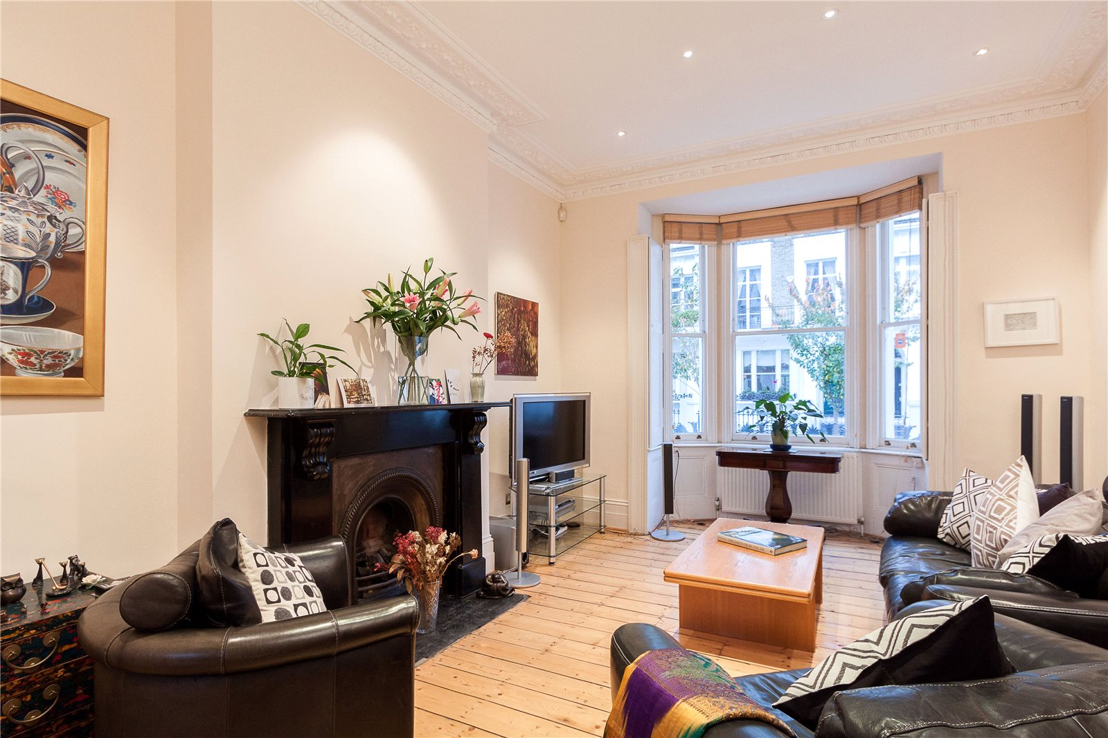 Single Family Home for Sale at Redcliffe Road, Chelsea, London, SW10 Chelsea, London, England