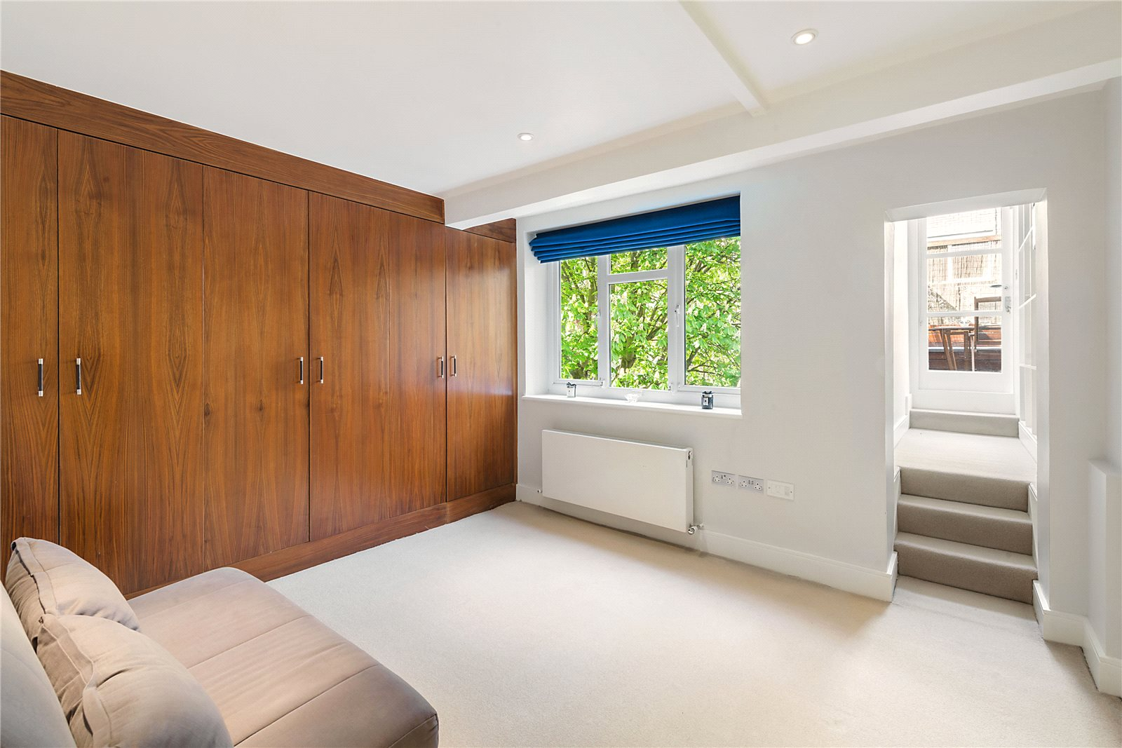 Additional photo for property listing at Bina Gardens, South Kensington, London, SW5 South Kensington, London, England
