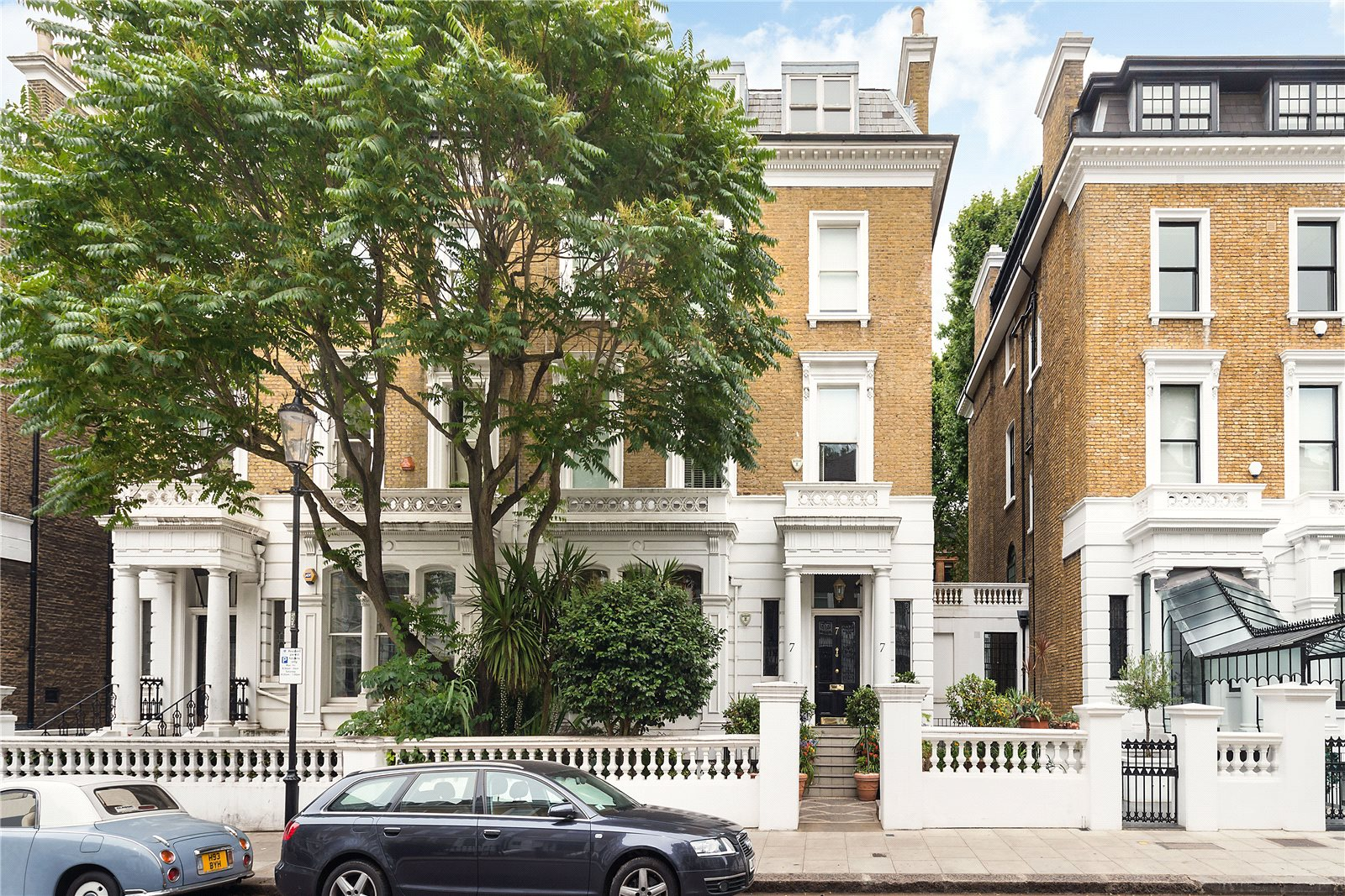 Additional photo for property listing at Wetherby Gardens, South Kensington, London, SW5 South Kensington, London, Англия