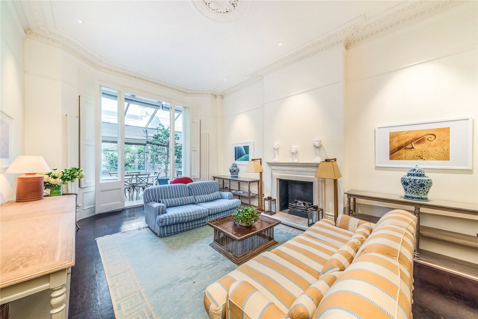 Apartamentos para Venda às Roland Gardens, South Kensington, SW7 South Kensington, Inglaterra