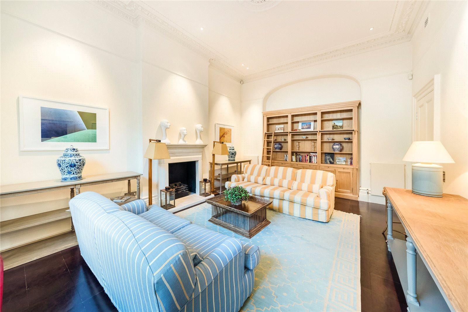 Appartement pour l Vente à Roland Gardens, South Kensington, SW7 South Kensington, Angleterre