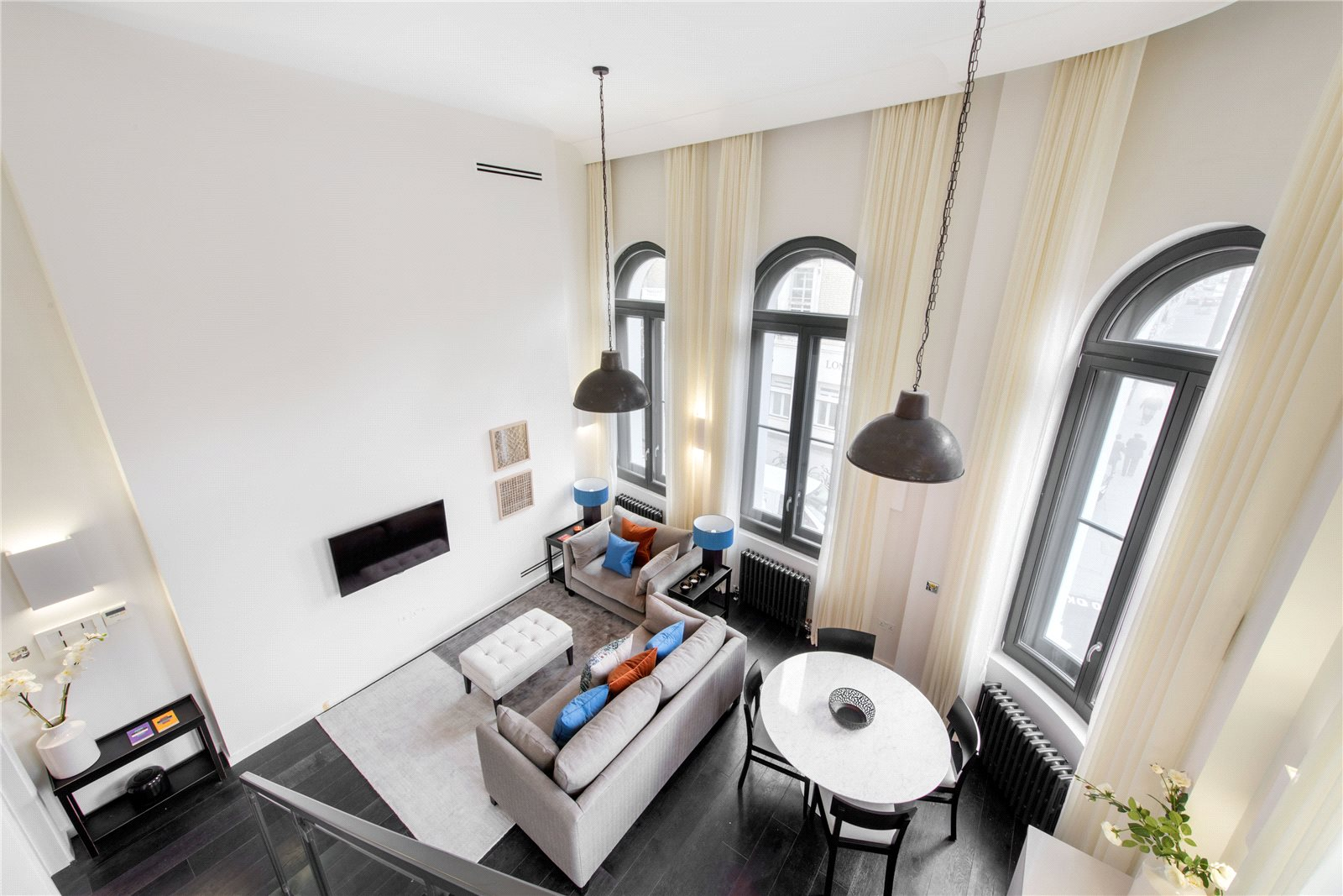 Apartments / Residences for Sale at Fulham Road, Chelsea, London, SW10 Chelsea, London, England