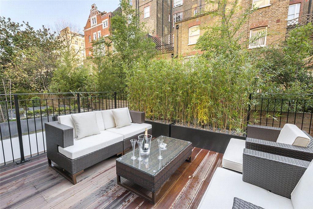 Apartments / Residences for Sale at Courtfield Gardens, South Kensington, London, SW5 South Kensington, London, England