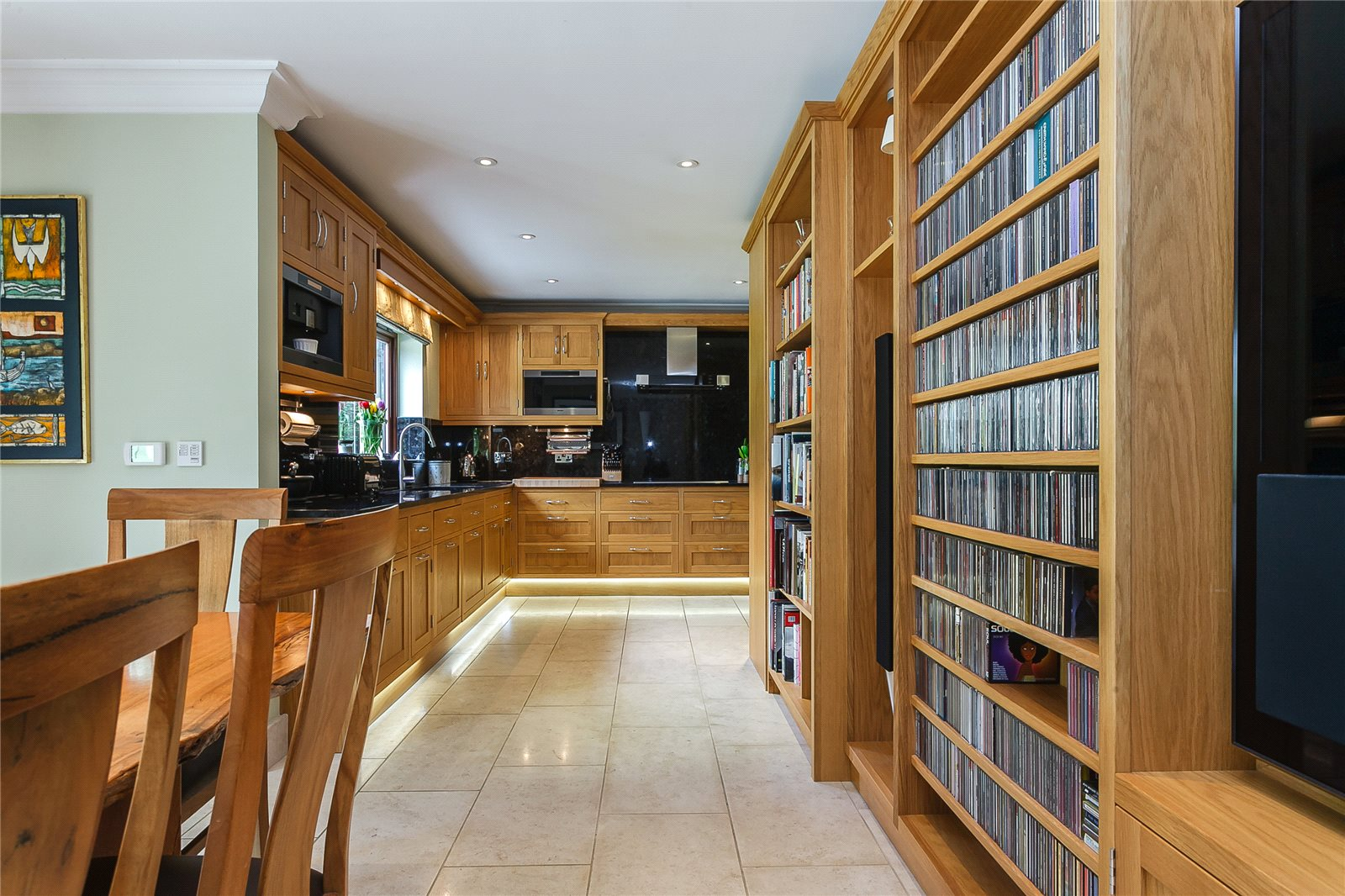 Additional photo for property listing at Woodlands Lane, Windlesham, Surrey, GU20 Windlesham, England