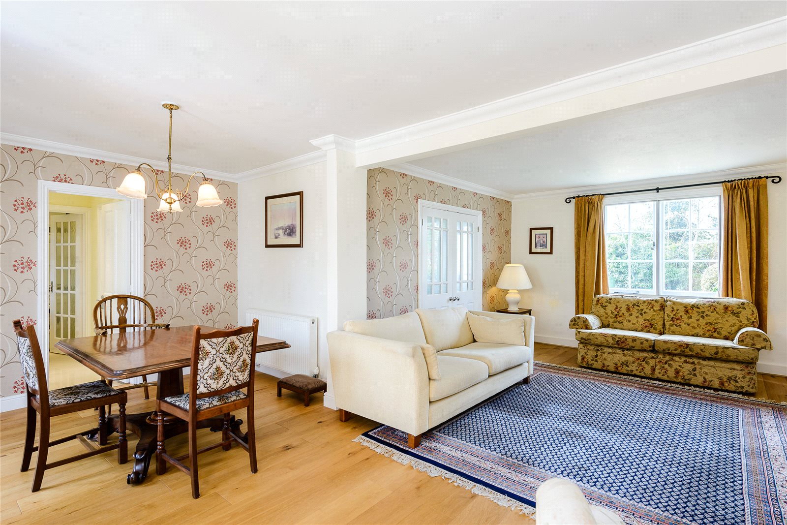 Additional photo for property listing at Church Road, Windlesham, Surrey, GU20 Windlesham, Αγγλια