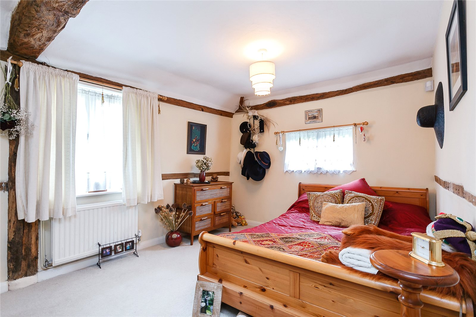 Additional photo for property listing at School Road, Windlesham, Surrey, GU20 Windlesham, 영국
