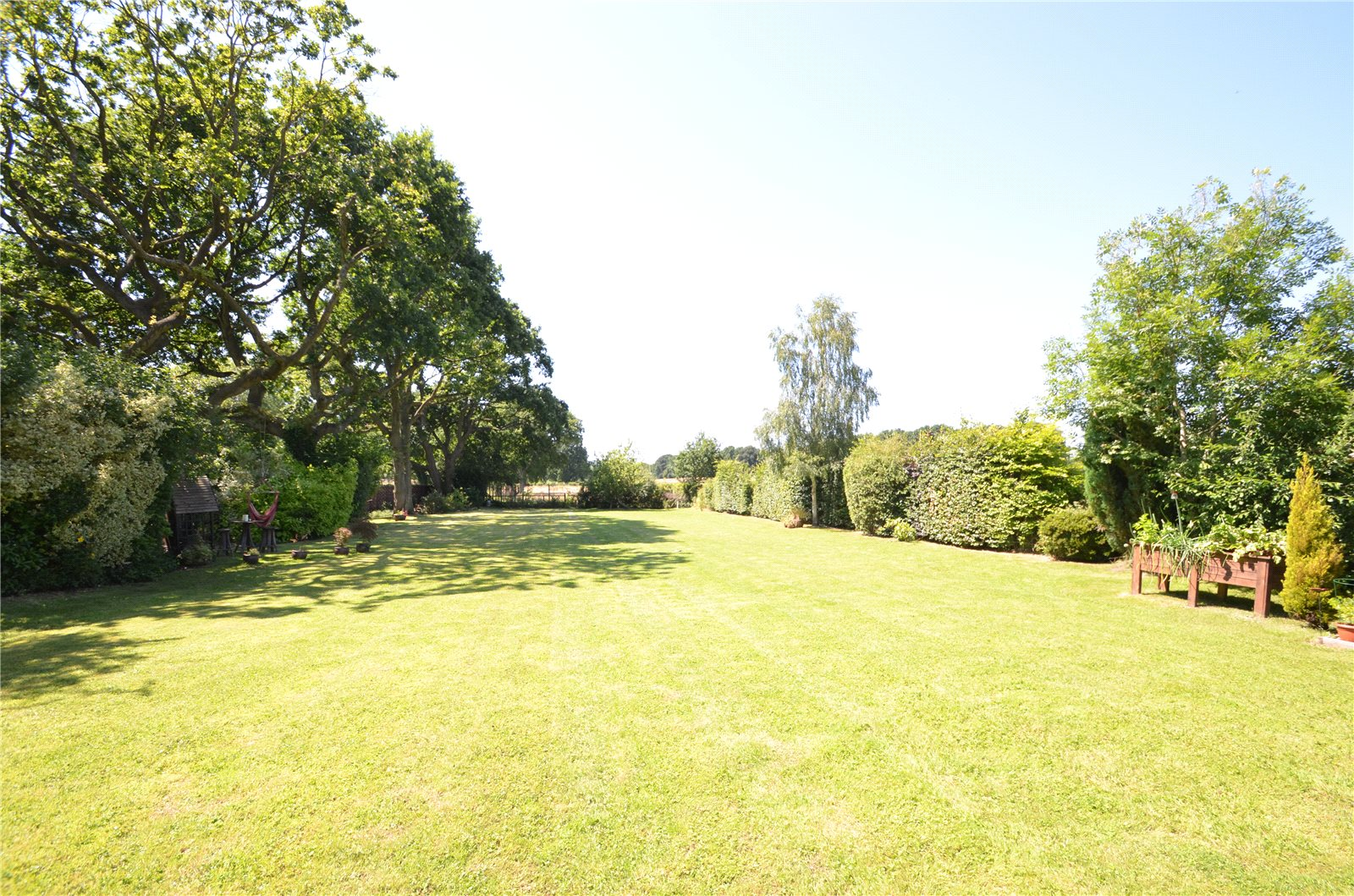 Additional photo for property listing at School Road, Windlesham, Surrey, GU20 Windlesham, Inglaterra