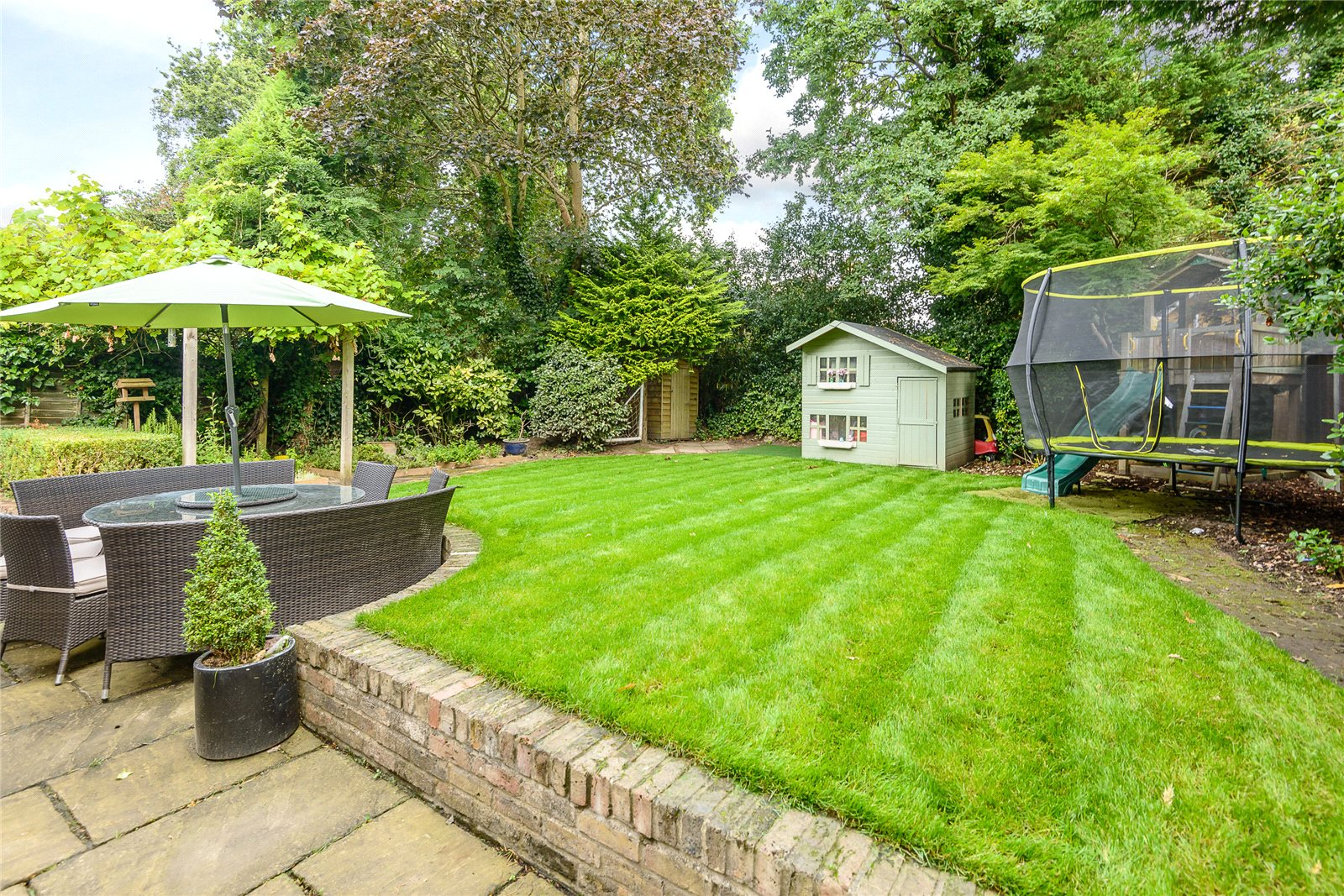 Additional photo for property listing at Bosman Drive, Windlesham, Surrey, GU20 Windlesham, Engeland