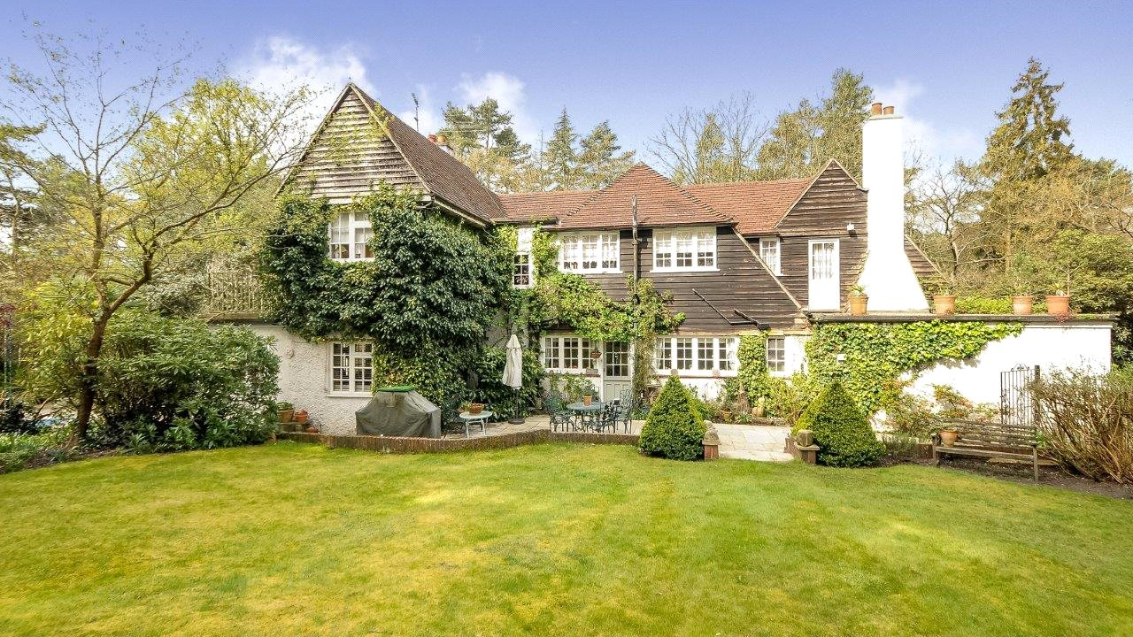 단독 가정 주택 용 매매 에 Westwood Road, Windlesham, Surrey, GU20 Windlesham, 영국
