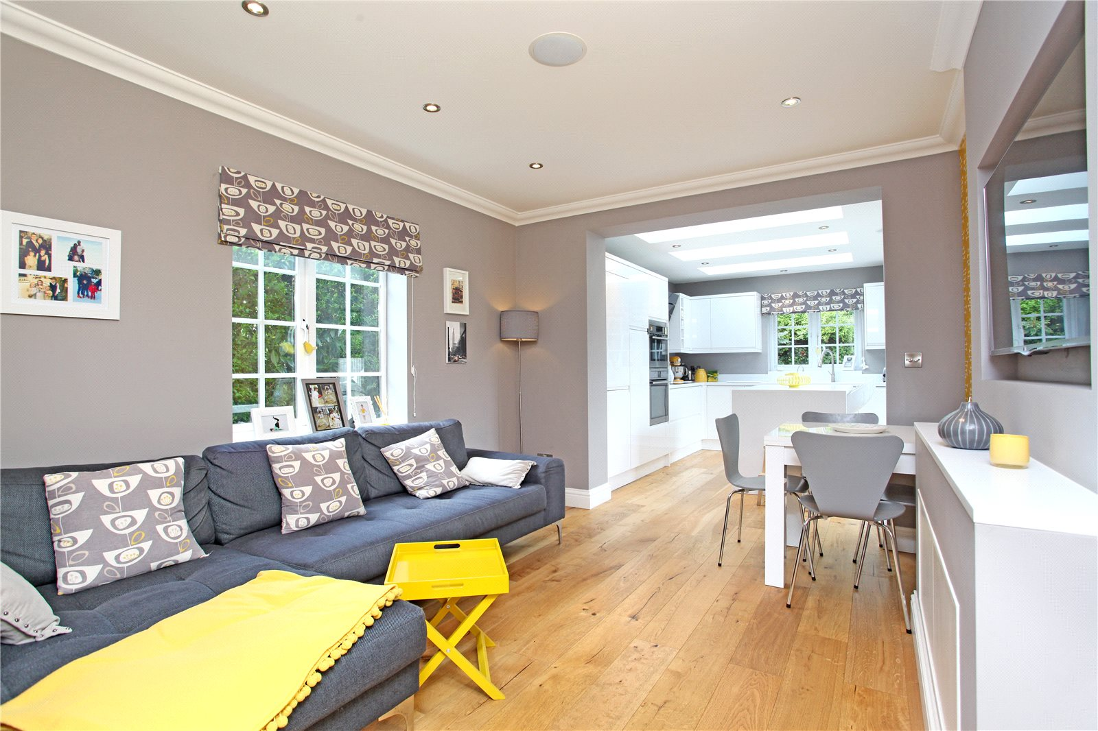 Additional photo for property listing at Thorndown Lane, Windlesham, Surrey, GU20 Windlesham, England