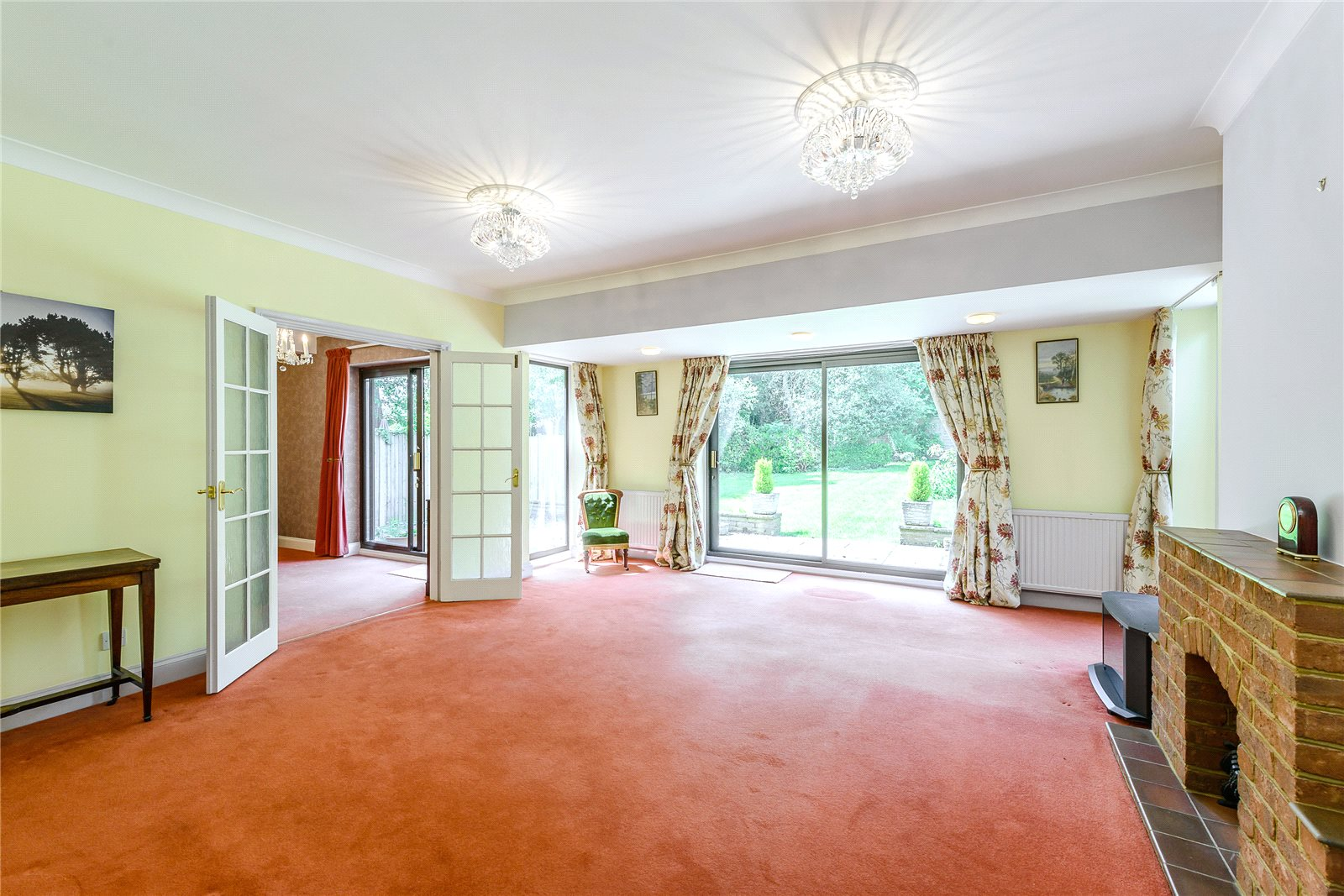 Additional photo for property listing at Snows Ride, Windlesham, Surrey, GU20 Windlesham, Αγγλια