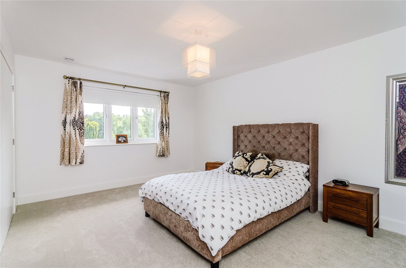 Additional photo for property listing at Benner Lane, West End, Woking, Surrey, GU24 Woking, Anh Quốc