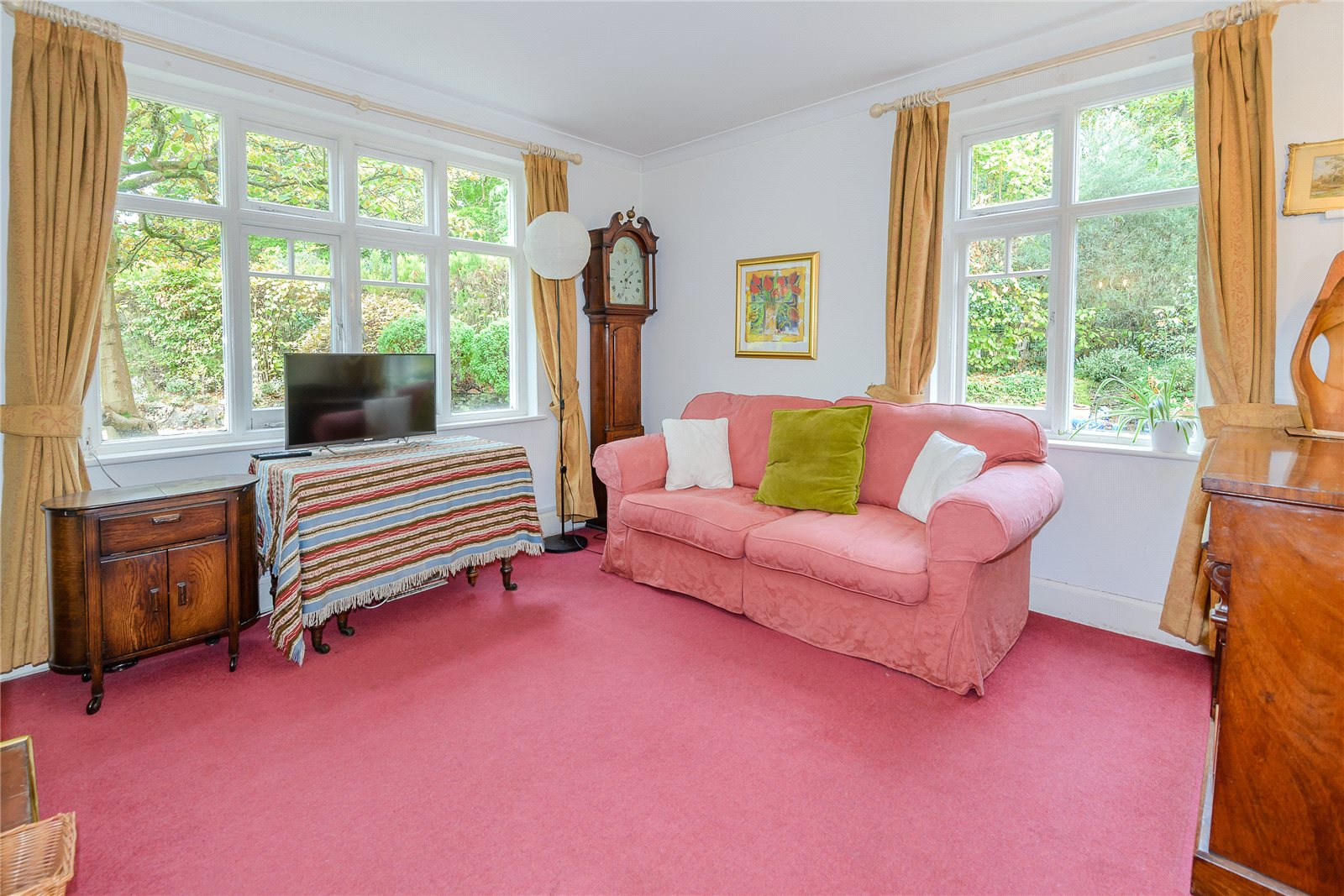 Additional photo for property listing at Hatton Hill, Windlesham, Surrey, GU20 Windlesham, Inglaterra