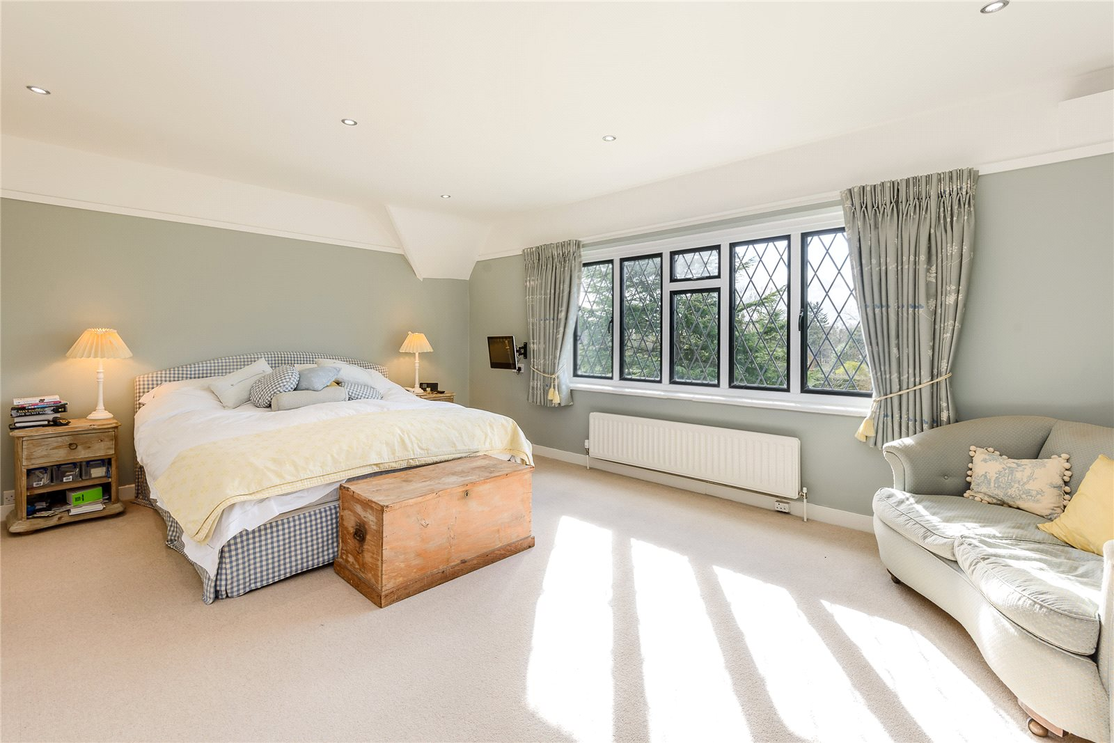 Additional photo for property listing at Southdown Road, Shawford, Winchester, Hampshire, SO21 Winchester, Ingiltere