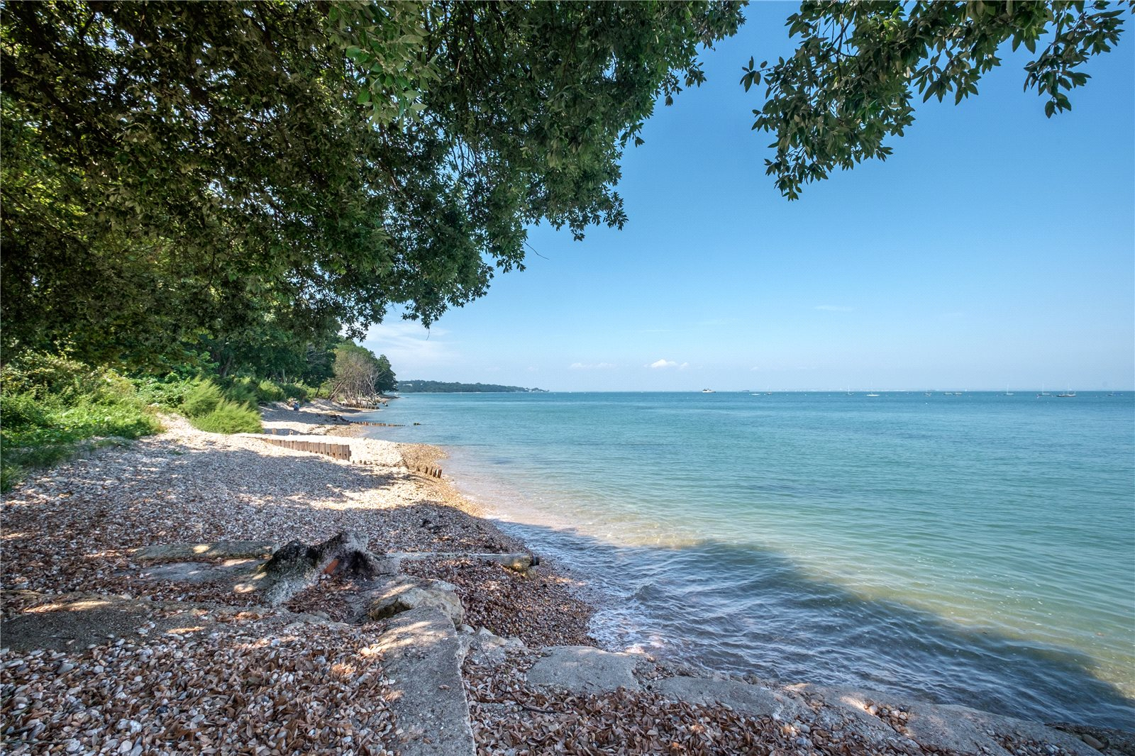 Additional photo for property listing at Swains Road, Bembridge, Isle of Wight, PO35 Bembridge, 英格蘭