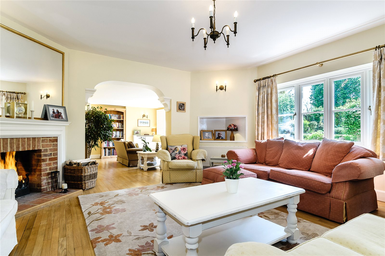 Additional photo for property listing at Rectory Road, Oakley, Hampshire, RG23 Oakley, Engeland
