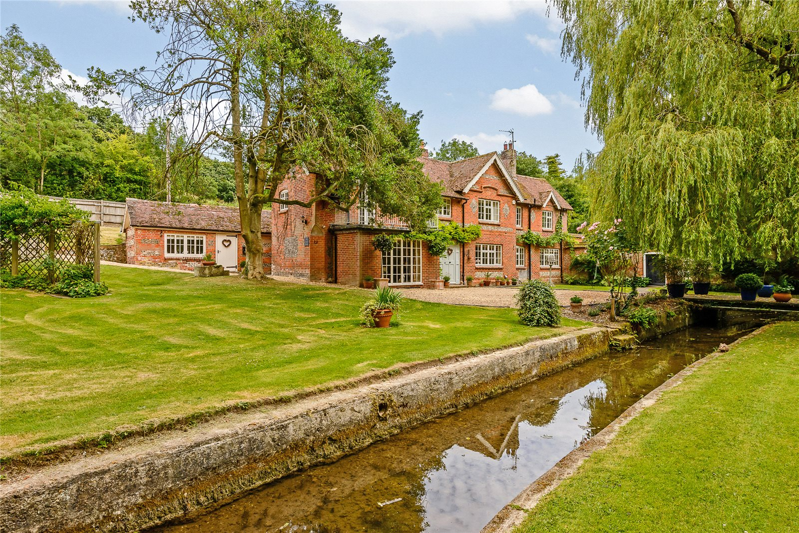 Villa per Vendita alle ore Chilbolton, Stockbridge, Hampshire, SO20 Stockbridge, Inghilterra