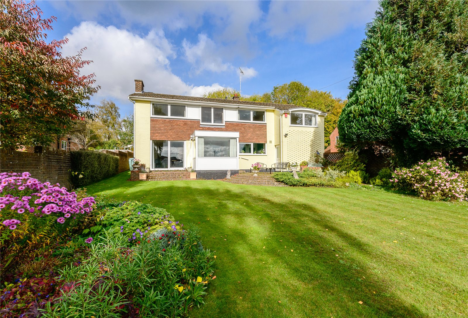 Additional photo for property listing at Bournefields, Twyford, Winchester, Hampshire, SO21 Winchester, Angleterre